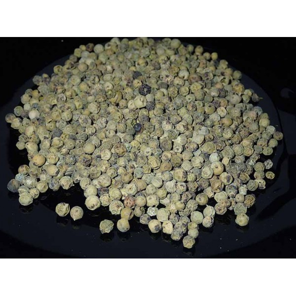 Зелен пипер (Piper nigrum) 10 гр.